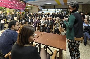 Inauguració de l'editorial La vocal de lis, al passatge Arcàdia.