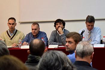 D'esquerra a dreta, el conseller portaveu Joan Manel del Llano, el conseller Blas Navalón, el regidor Daniel Mòdol i el regidor president Jordi Martí. Fotografies de Carme Rocamora