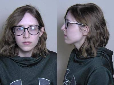 Kelcie Miller - Arrestada por ejercer de abogada sin licencia