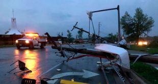 Tornado arrasa en capital de Missouri 1