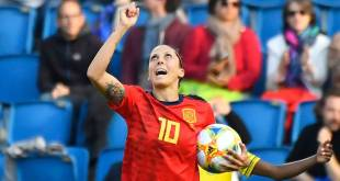 Jenni Hermoso celebra su segundo gol ante Sudáfrica