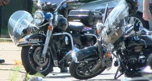 Accidente de moto de dos policías.