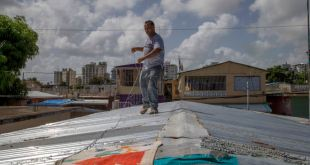 Puerto Rico, República Dominicana bajo vigilancia de huracán 1