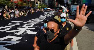 Hong Kong suspende metro y trenes, en medio de nuevas manifestaciones 19