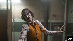 Photo of Joker vuelve a tomar la cima de la taquilla de EE.UU.