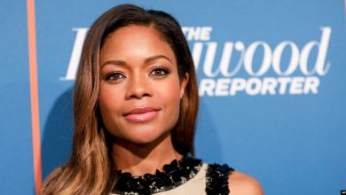Photo of Naomie Harris es black and blue