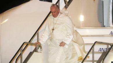 """Papa Francisco llega a Japón, denuncia el """"mal"""" de las armas nucleares 9"""