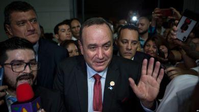 Presidente electo de Guatemala romperá relaciones con el gobierno en disputa de Maduro 5