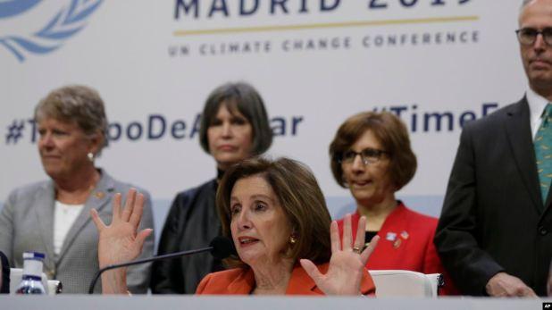 Pelosi hace sonar alarma sobre cambio climático en conferencia de la ONU 1
