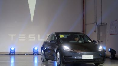 Photo of Tesla entrega primer sedán Modelo 3 fabricado en China en menos de un año