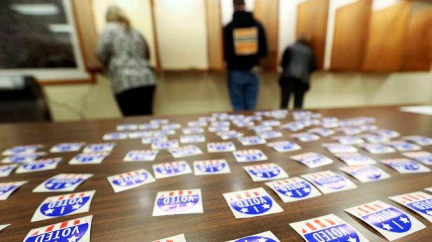 Corte frena eliminación de nombres de votantes en Wisconsin 1