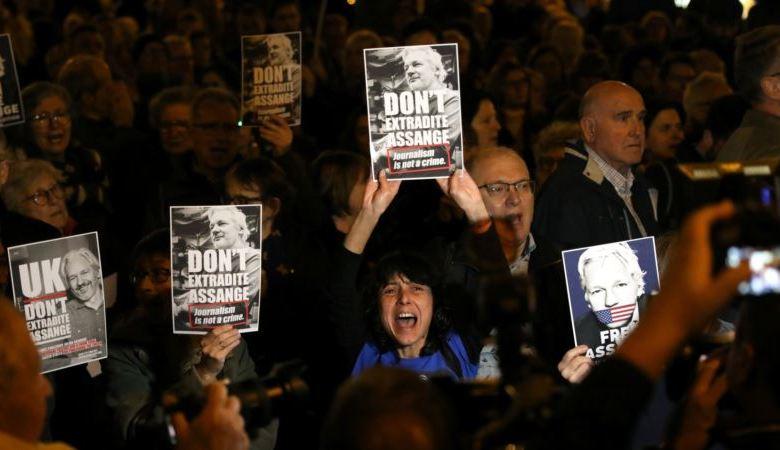 Defensa de Assange dice que intentó llamar a Hillary Clinton por cables diplomáticos revelados por WikiLeaks 1