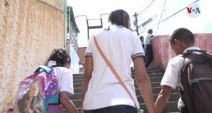 La diáspora venezolana deja a unos 930.000 menores al cuidado de familiares 17