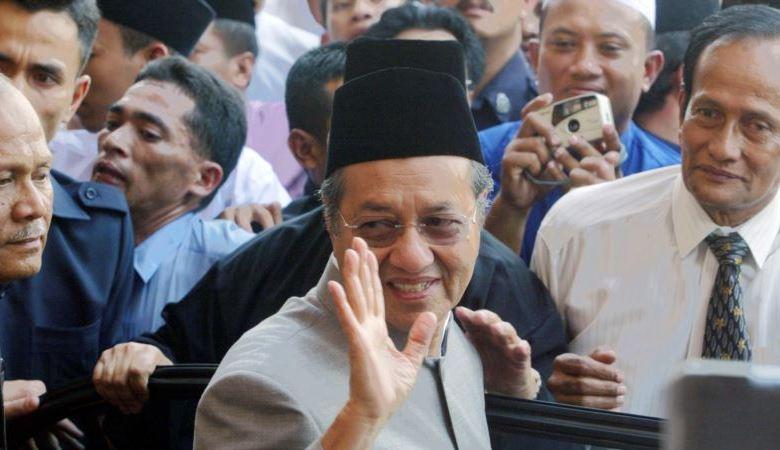 Renuncia primer ministro de Malasia, a los 94 años de edad 1