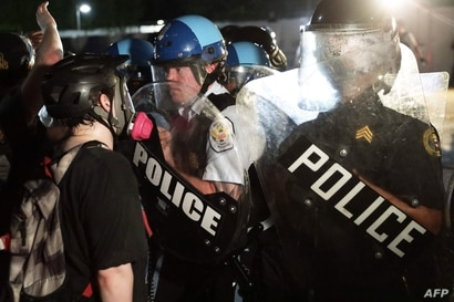 EE.UU. amanece conmocionado tras una noche de violencia 1