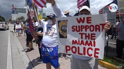 """Concentración en Miami para apoyar a la policía: """"Hay que estar al lado de los que nos defienden"""" 1"""