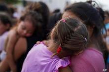 Medida busca restringir el otorgamiento de asilo para personas que han cometido algún crimen como el reingreso ilegal o la conducción bajo el efecto de las drogas o el alcohol.