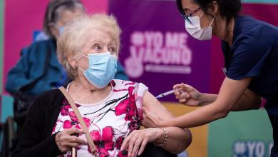 Chile asegura que no vacunará a extranjeros con visa de turista 4