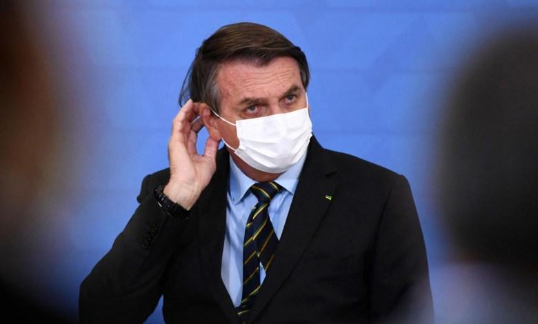 Bolsonaro se niega a confinar a Brasil pese al colapso sanitario 1