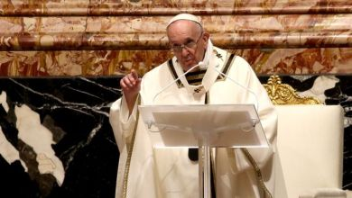 Francisco invoca a compartir vacunas con países más pobres en su mensaje de Pascua 6