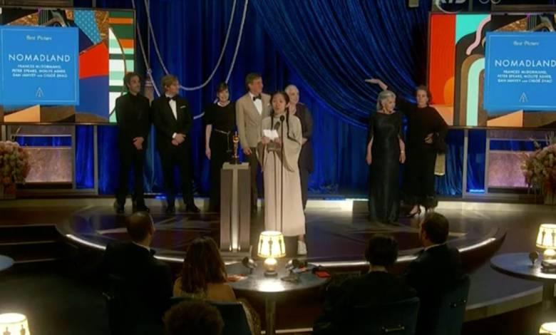 """Oscar 2021: """"Nomadland"""" se llevó la estatuilla a mejor película 1"""