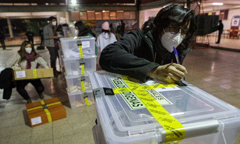 Independientes y la izquierda se imponen en elección Constituyente de Chile 1