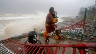 Más de 1 millón de evacuados en India y Bangladesh ante llegada de ciclón 3