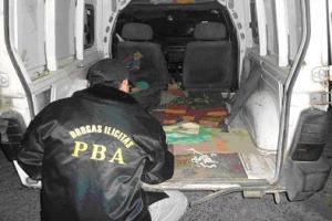 pag.10_policialesdrogas_dorrego
