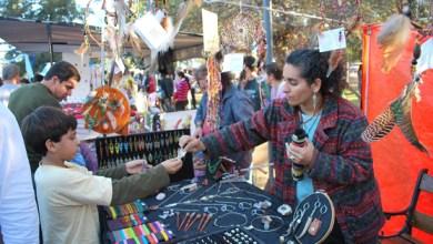 Photo of Gregorio de Laferrere  Feria de artesanos en la plaza central