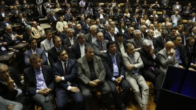 Photo of La Plata: Espinoza Acompañó Scioli En La Apertura De Sesiones
