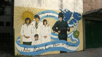Photo of VILLA LUZURIAGA: A 33 AÑOS DE MALVINAS, Mural En Homenaje A  Julio Cao.