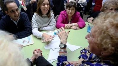 Photo of María Eugenia Vidal visitó un Centro de Jubilados de Morón