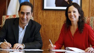 Photo of Tagliaferro firmó un convenio para mejorar la cobertura de la AUH en Morón