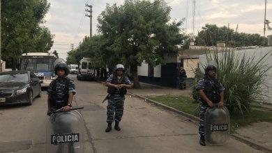 Photo of Esta Madrugada: Motín y tensión en una comisaría de Merlo