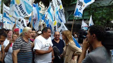 Photo of Continúa el conflicto en el Hospital Posadas