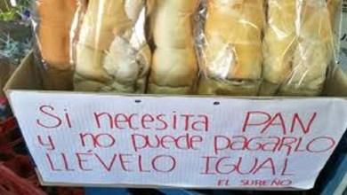 Photo of Dueña de almacén regala pan a los que no pueden pagar