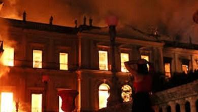 Photo of Voraz incendió en el Museo de Río de Janeiro