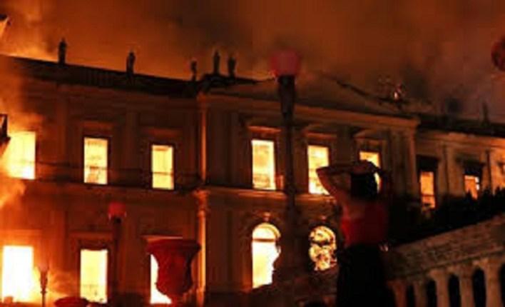 Voraz incendió