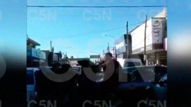 Photo of Un conductor golpeó a una mujer en Isidro Casanova