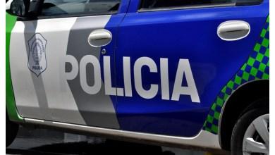 Photo of Dos efectivos fueron separados de su cargo por no detener a un delincuente