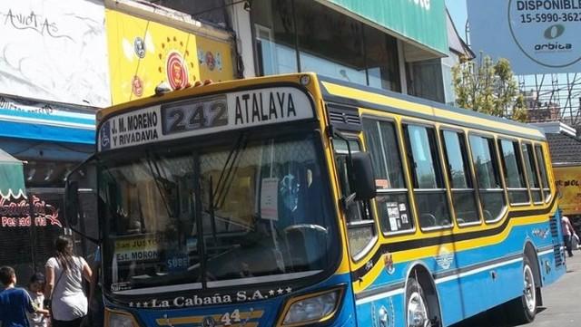 Balearon a un chofer de colectivo en La Matanza: hay 7 líneas de paro