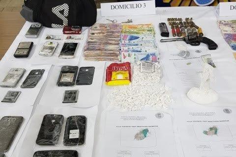 La Plata: detuvieron a dos narcos y secuestran más de 1.200 dosis de marihuana y cocaína
