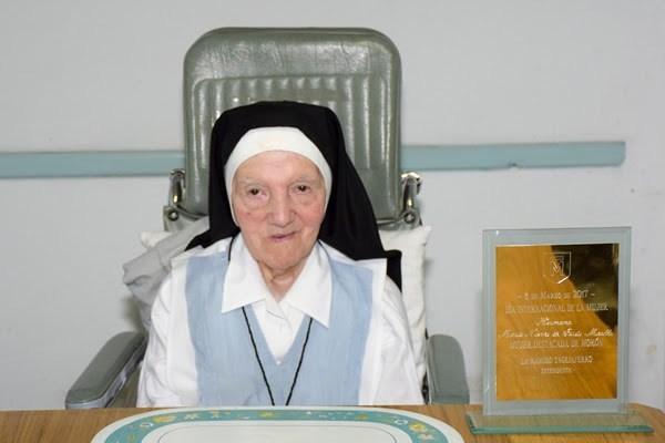 Morón reza por el eterno descanso de la hermana Nieves
