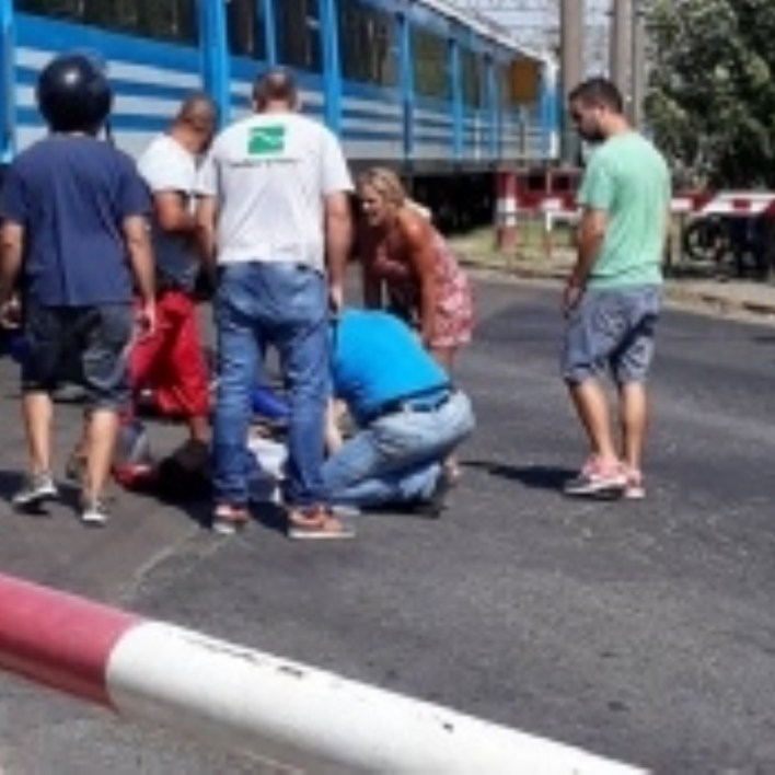 Un tren de la Línea Roca embistió a un motociclista