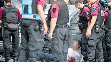 Photo of Dos hombres a juicio por un asalto a joyería y tiroteo