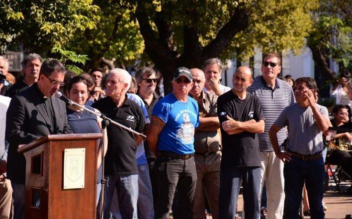 Tagliaferro ausente en el homenaje a los héroes de Malvinas