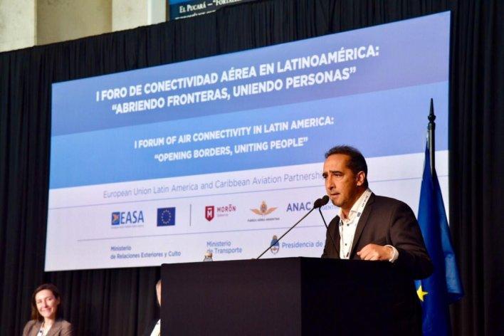 Morón: se realizó el primer Foro de Conectividad Aérea en Latinoamérica