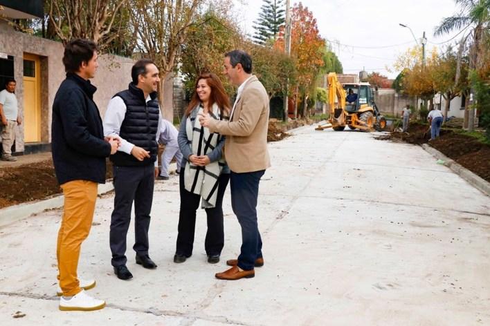 Tagliaferro supervisó nuevas obras de asfalto en Castelar