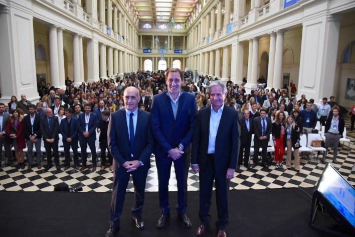 """Con referentes de todo el país, se inauguró en La Plata """"Argentina Abierta"""