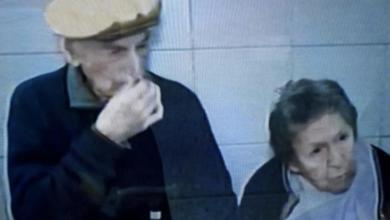 Photo of Abandonan a una pareja de abuelos en un bar de Rosario